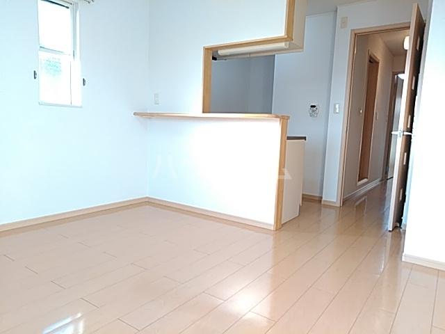 East Sakado 02040号室のリビング