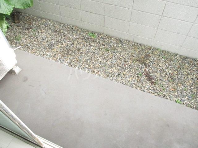ラダトーム 101号室の庭