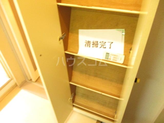 ラダトーム 101号室の収納