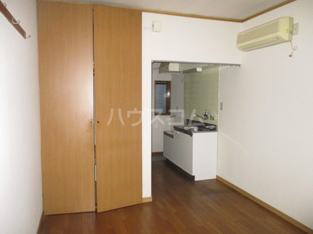 ハイム田中 102号室のリビング
