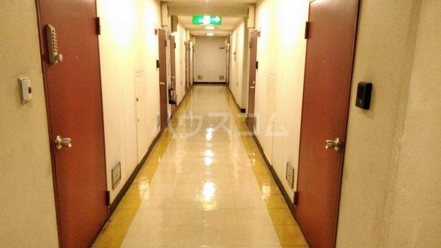 GSプラザ鶴見駅前 601号室のロビー