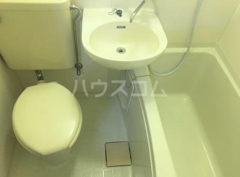第5西調布ハイツ 203号室のトイレ