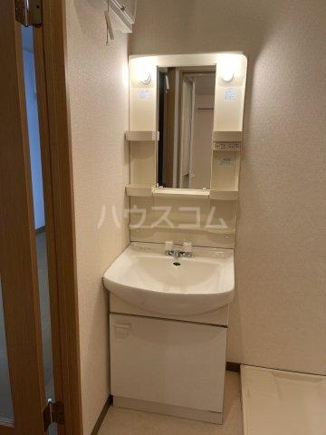 セリーシアビズミーム白壁 4B号室のトイレ