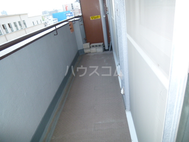NTビル白壁 50A号室のバルコニー