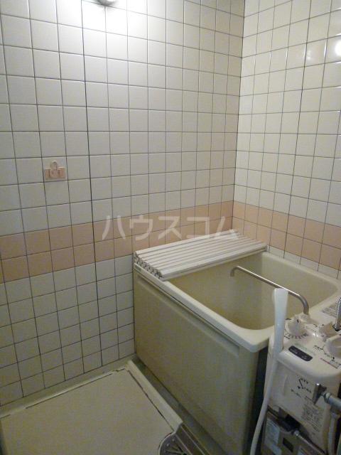 NTビル白壁 50A号室の風呂
