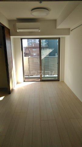 ラフィスタ調布多摩川 404号室の居室