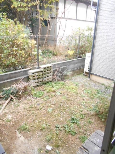 白岡市上野田戸建の庭