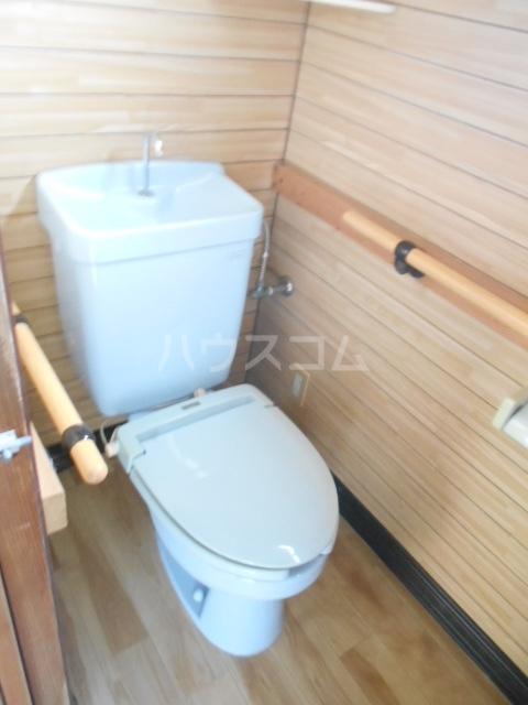 白岡市上野田戸建のトイレ
