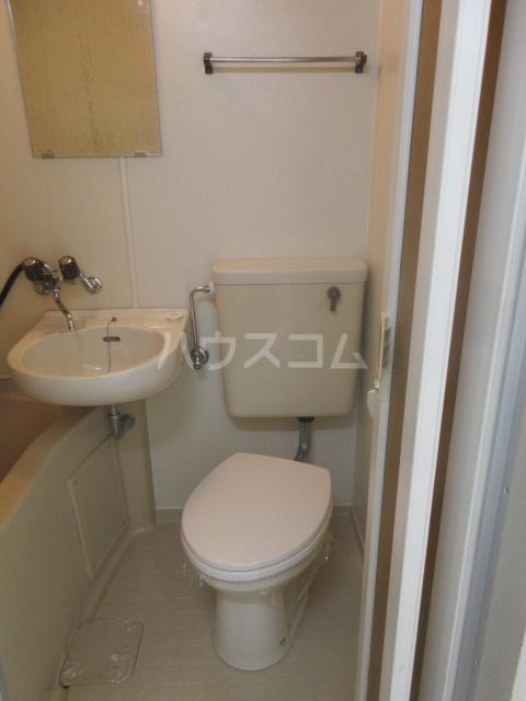アーバンポイント千種 3F号室のトイレ