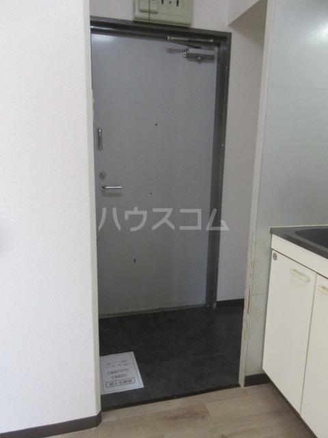 アーバンポイント千種 3F号室の玄関