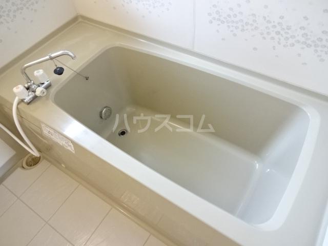 フレンドハウス23 B301号室の風呂