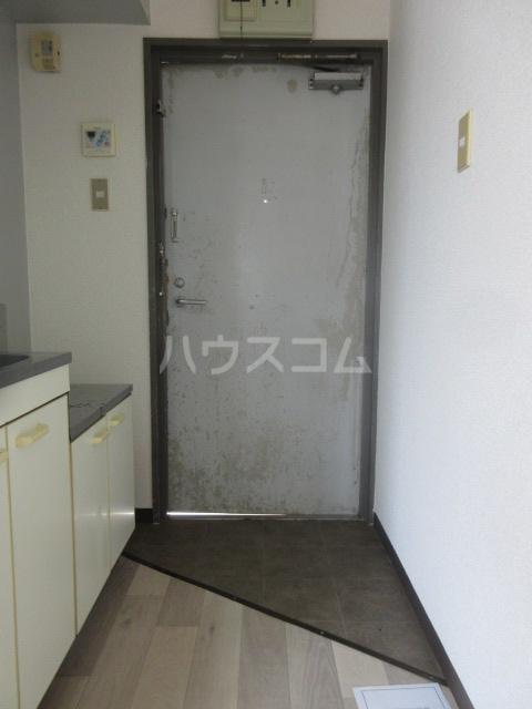 アーバンポイント千種 4D号室の玄関