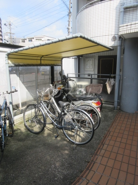 コア菊坂 401号室のエントランス