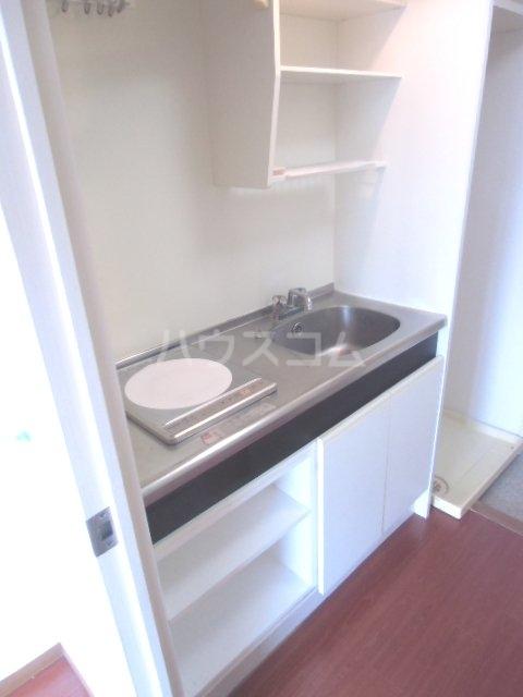 ラポール南浦和 208号室のキッチン