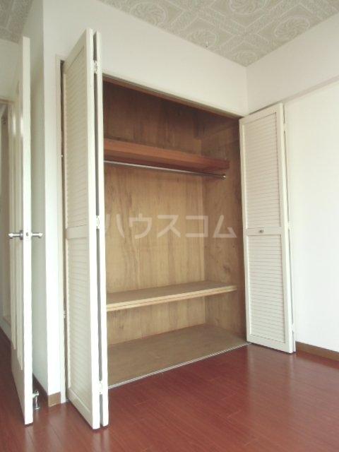 ラポール南浦和 208号室の収納