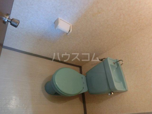 アダチビル 301号室のトイレ