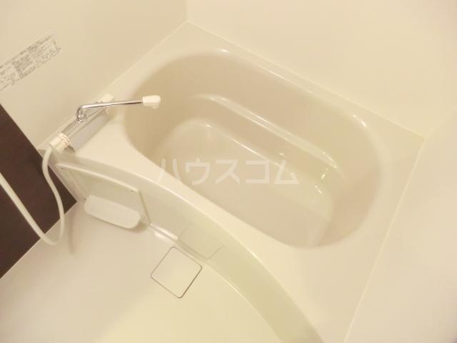 リブリ・プランドール NARITA 106号室の風呂