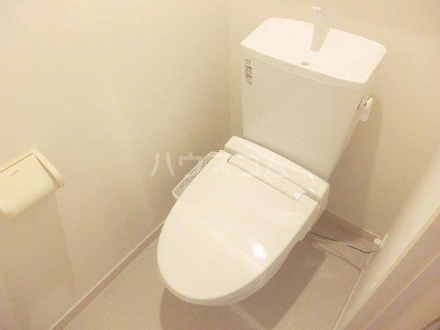 リブリ・プランドール NARITA 106号室のトイレ