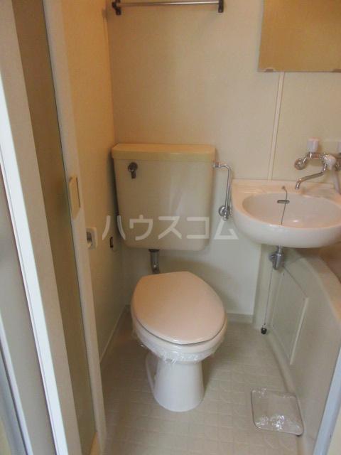 アーバンポイント千種 2E号室のトイレ