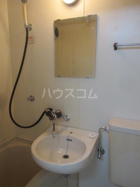アーバンポイント千種 2F号室の洗面所