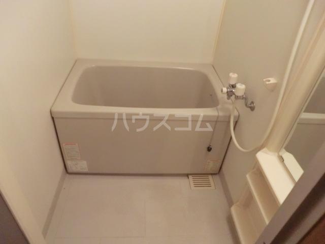 プリマベーラ西荻 201号室の風呂