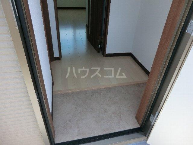 LA LUCE 105号室の玄関