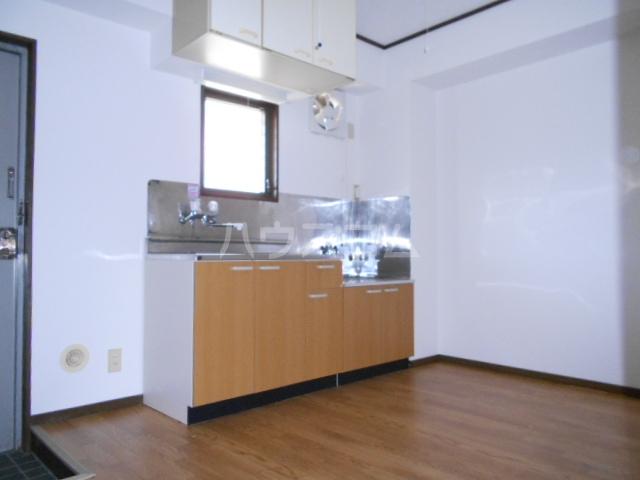 グランデージ北山 101号室のキッチン