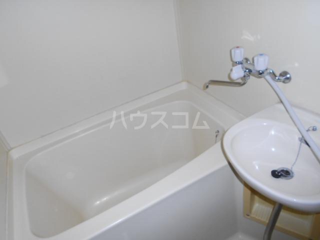 グランデージ北山 101号室の風呂