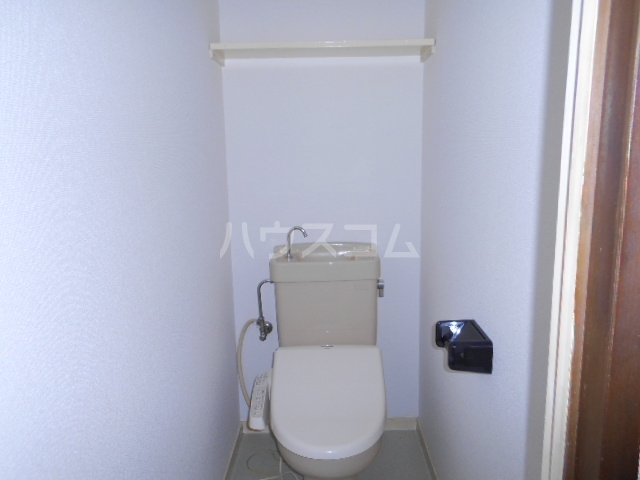 グランデージ北山 101号室のトイレ