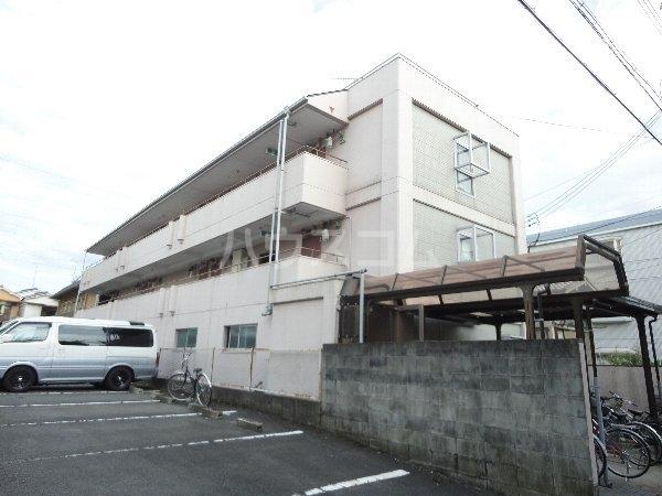 菊地第3マンションの外観