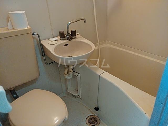 サンアドバンス立川 202号室の風呂
