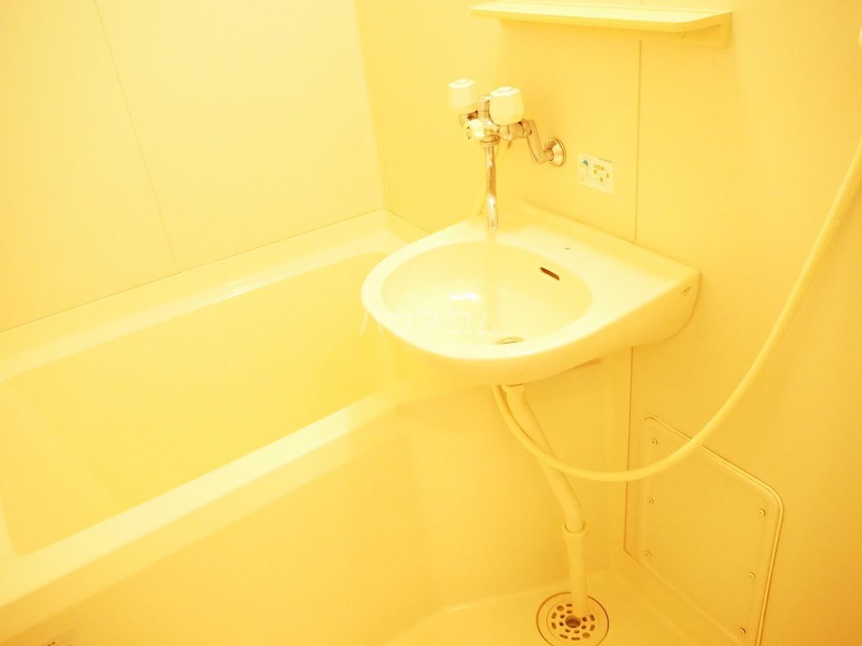 メゾンTMI 201号室の風呂