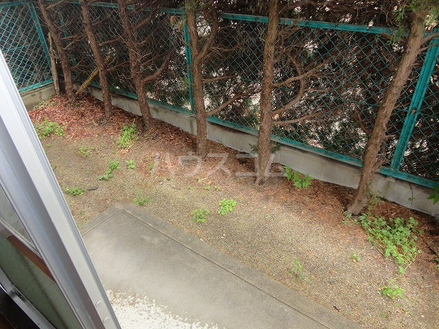 パセンテラ洛西 101号室の庭