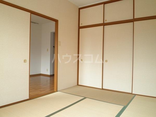 アートTMS 00208号室の居室