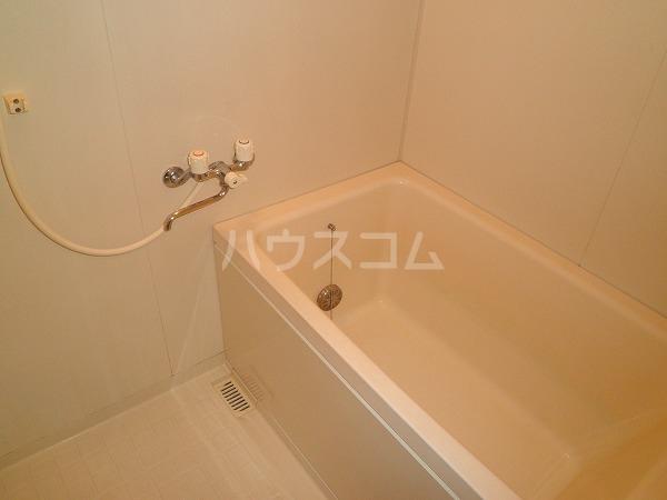 アートTMS 00208号室の風呂