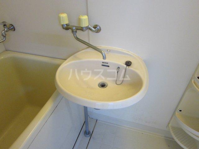 カサフローラ津田沼 206号室の洗面所