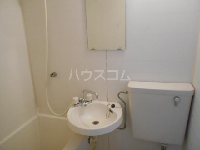 あすなろ館 1-B号室の洗面所