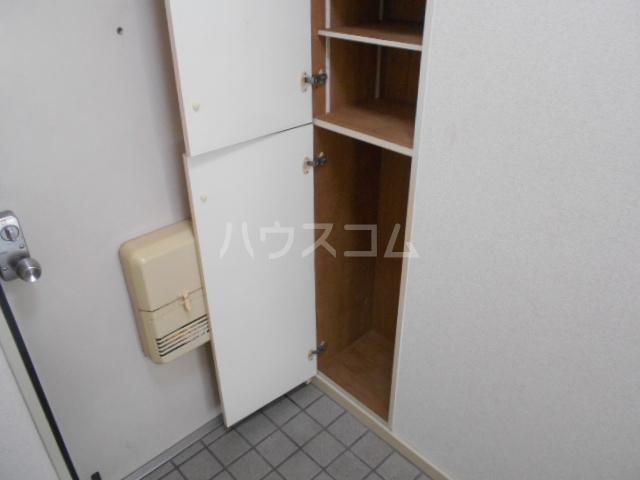 あすなろ館 1-B号室の収納