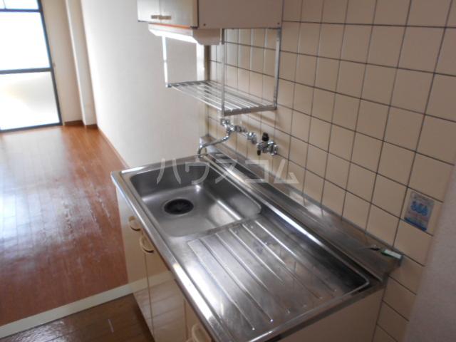 あすなろ館 1-B号室のキッチン