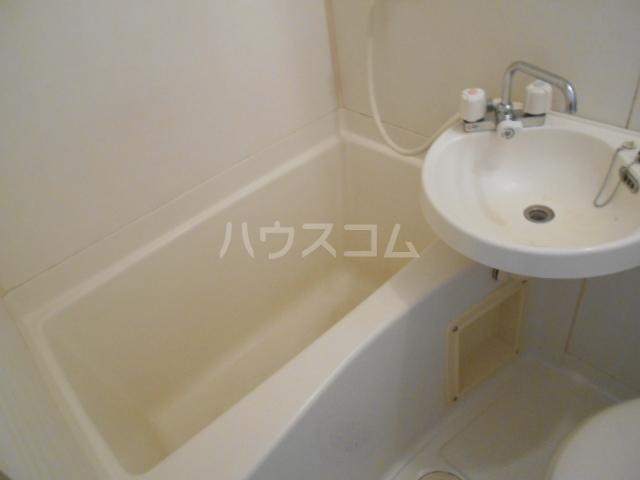 あすなろ館 1-B号室の風呂