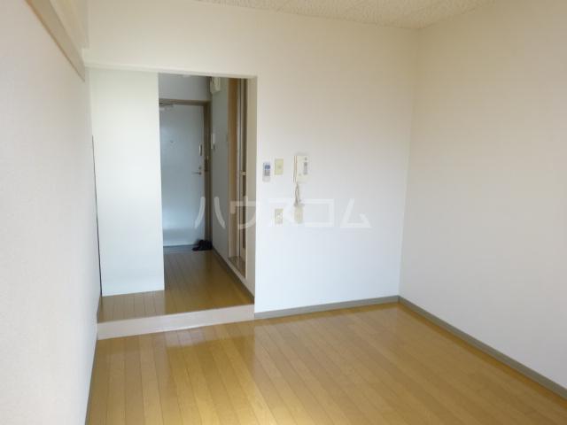 NUビル 203号室のベッドルーム