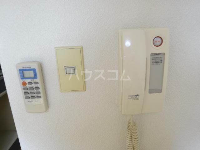 NUビル 203号室のセキュリティ