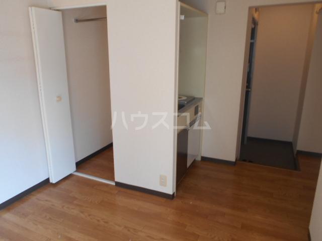 アメニティー京都1番館 3A号室のリビング