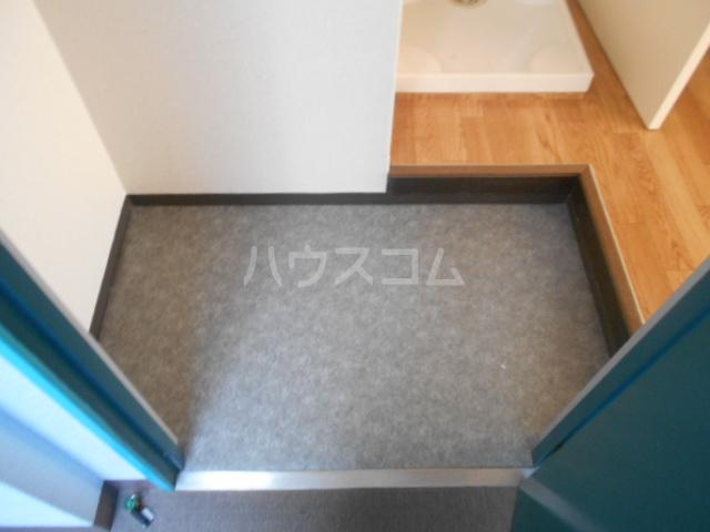 アメニティー京都1番館 3A号室の玄関