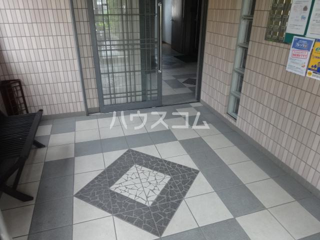 ハイム西京都 301号室のエントランス