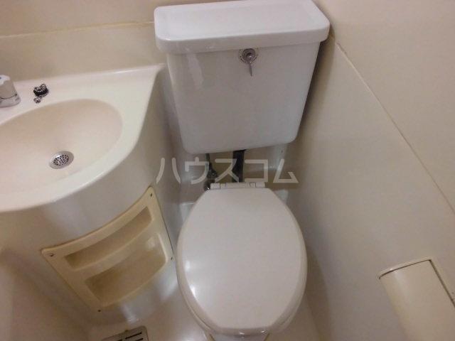ファースト常盤野 405号室のトイレ