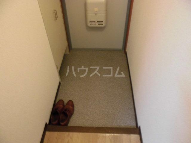 ファースト常盤野 405号室の玄関