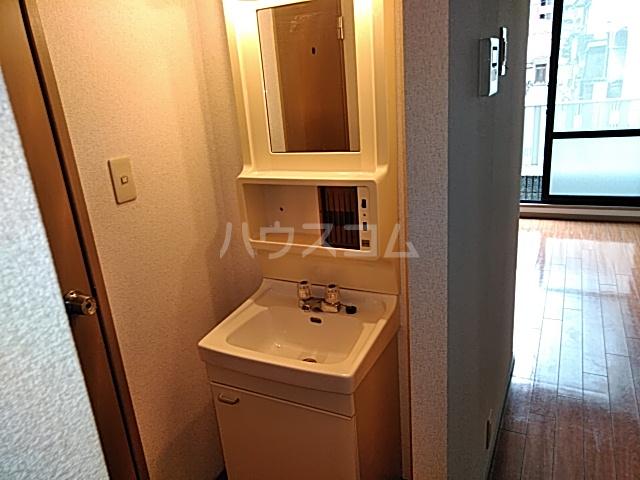 エルブ 102号室の洗面所