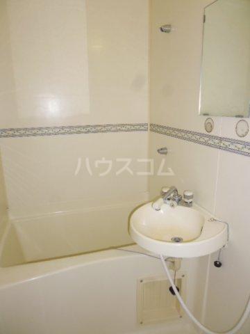 秀保マンション 203号室の風呂