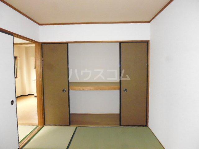 秀保マンション 203号室の収納